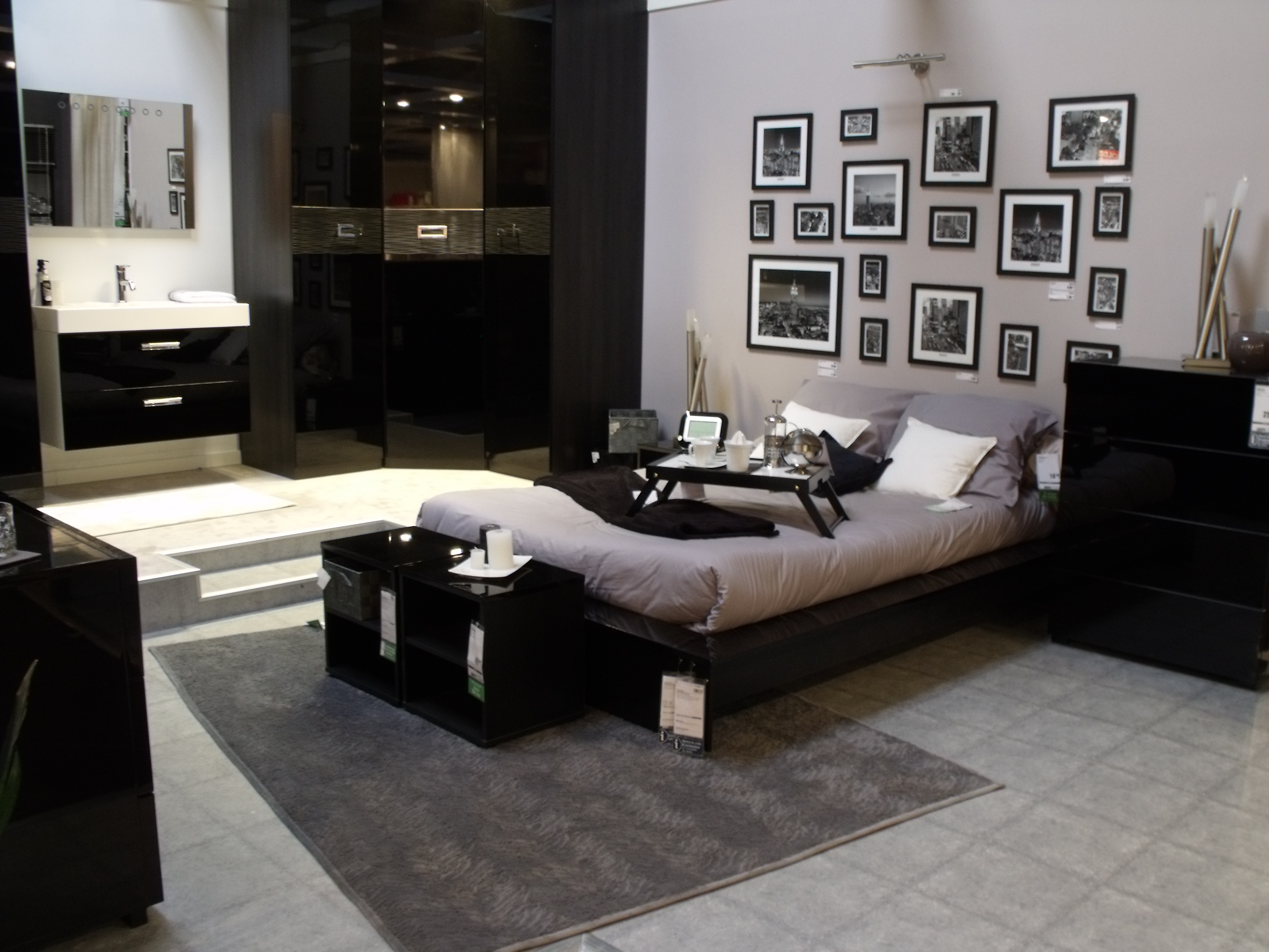 d coration d une chambre contemporaine chic. Black Bedroom Furniture Sets. Home Design Ideas